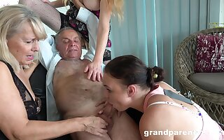 Old mendicant takes his pill and fucks the slutty mature in crazy action