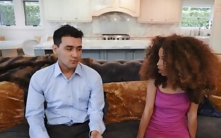 Curly-haired Ebony minx finds equally to revenge on her fiance
