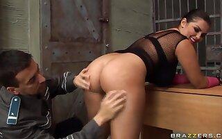 Hardcore interrogation leads to amazing sex